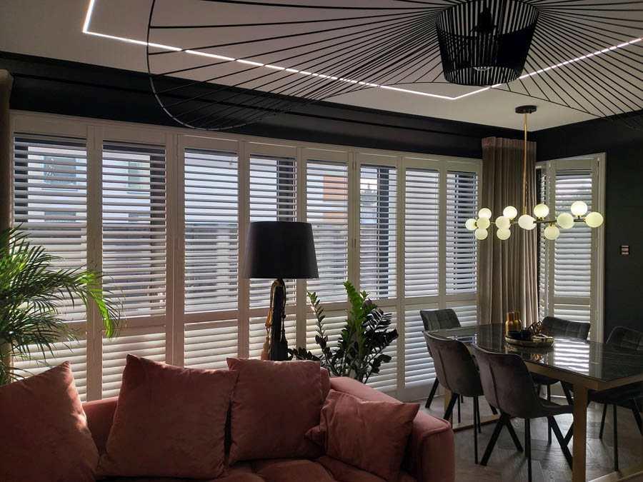 okiennice drewniane wewnętrzne shutters